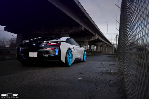 bmwi8pur4ourelectricblue07